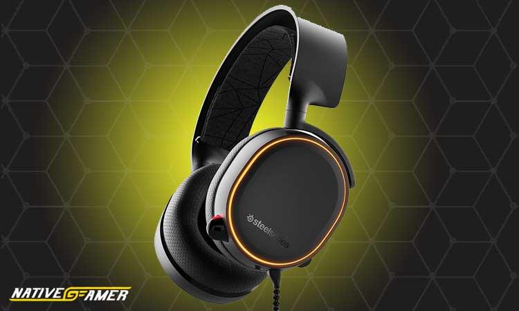 SteelSeries-Arctis-5-Xbox-One-Headsets